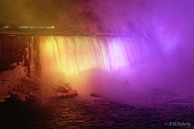 Grace Kelly - Tribute To Kobe Horseshoe Falls East View by Phill Doherty