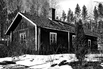 Car Photos Douglas Pittman - Uninhabited house 2 by Esko Lindell