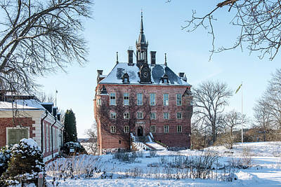 Photograph - Wik Castle a cold and clear winter day by Torbjorn Swenelius