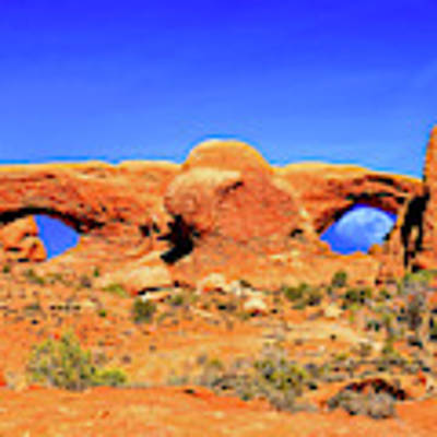 Arches Moon Eye Art Print by Greg Norrell