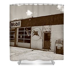 Route 66 - Rusty Mobil Station Shower Curtain by Frank Romeo