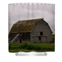A Barn In Northern Montana Shower Curtain by Jeff Swan