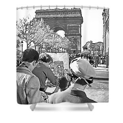 Arc De Triomphe Painter - B W Shower Curtain by Chuck Staley