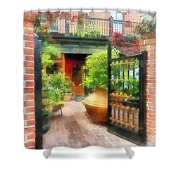 Baltimore - Restaurant Courtyard Fells Point Shower Curtain