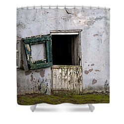 Barn Door In Need Of Repair Shower Curtain by Bill Cannon