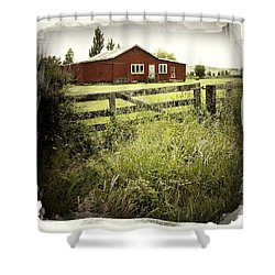 Barn In Field Shower Curtain by Les Cunliffe