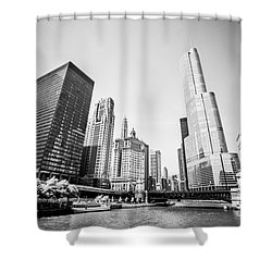 Black And White Picture Of Downtown Chicago Shower Curtain by Paul Velgos