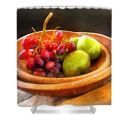 Bowl Of Red Grapes And Pears Shower Curtain by Susan Savad