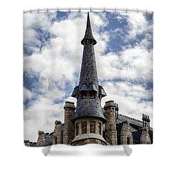 Casa Botines Shower Curtain