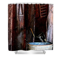 Shower Curtain featuring the photograph Clippers And The Bucket by Lesa Fine