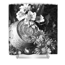 Country Summer - Bw 03 Shower Curtain by Pamela Critchlow
