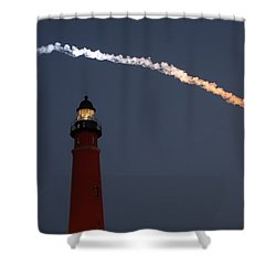 Shower Curtain featuring the photograph Discovery Sunset Plume by Paul Rebmann
