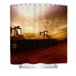 Dropping A Tank Shower Curtain
