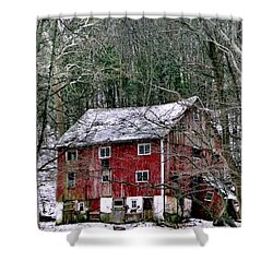 Shower Curtain featuring the photograph Pennsylvania Dusting by Michael Hoard