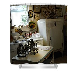 Early Fifty's Kitchen Shower Curtain