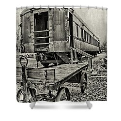 Shower Curtain featuring the photograph Frisco by Lana Trussell