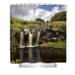 Glen Brittle Shower Curtain by David Pringle