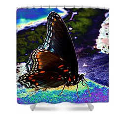 Gona-fly-butterfly Shower Curtain