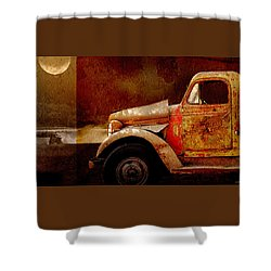 Shower Curtain featuring the photograph Harvest Moon by Holly Kempe
