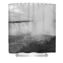 Horseshoe Falls - Autumn - B N W Shower Curtain