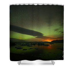 Shower Curtain featuring the photograph Iceland 1 by Mariusz Czajkowski