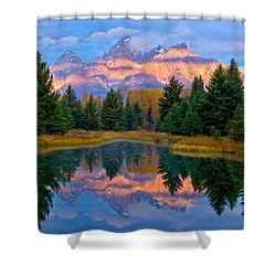 Intermittency Shower Curtain