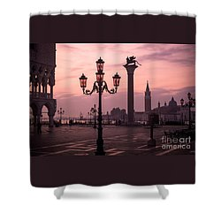 Lamppost Of Venice Shower Curtain