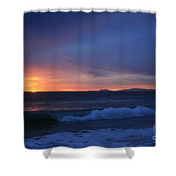 Shower Curtain featuring the photograph Last Ray Of Sunlight At Pt Mugu With Wave by Ian Donley
