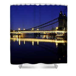 Shower Curtain featuring the photograph London 11 by Mariusz Czajkowski
