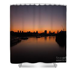 Shower Curtain featuring the photograph London Sunrise 2 by Mariusz Czajkowski