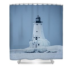 Ludington North Pier Lighthouse In Winter Shower Curtain