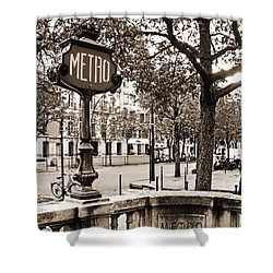 Metro Franklin Roosevelt - Paris - Vintage Sign And Streets Shower Curtain