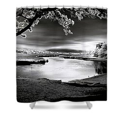 Shower Curtain featuring the photograph Moona Lagoona by Robert McCubbin