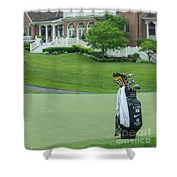 D12w-289 Golf Bag At Muirfield Village Shower Curtain