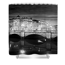 Shower Curtain featuring the photograph O Connell Bridge At Night - Dublin - Black And White by Barry O Carroll