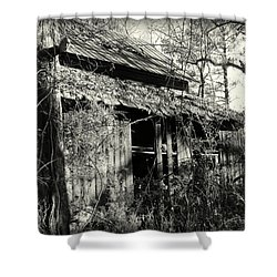 Old Barn In Black And White Shower Curtain