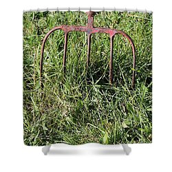 Shower Curtain featuring the photograph Old Pitch Fork by Ann E Robson