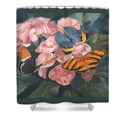 Papillons Shower Curtain