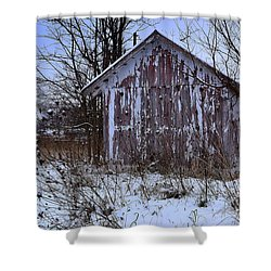Red Barns In Winter Shower Curtain
