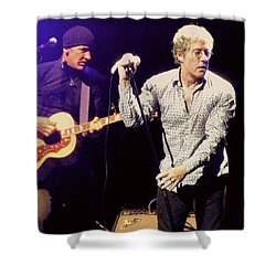 Shower Curtain featuring the photograph Roger Daltrey And The Who by Melinda Saminski