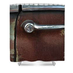 Rusty Rat Shower Curtain