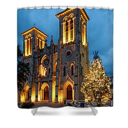 San Fernando Cathedral And Christmas Tree Main Plaza - San Antonio Texas Shower Curtain