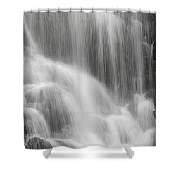 Skc 1419 A Smooth Pattern Shower Curtain by Sunil Kapadia