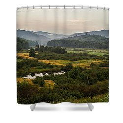Shower Curtain featuring the photograph Summer In New York by Sue Smith