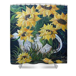 Shower Curtain featuring the painting Sunflowers In An Antique Country Pot by Eloise Schneider