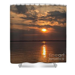 Shower Curtain featuring the photograph Sunset On The Bay by Arlene Carmel