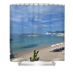 Shower Curtain featuring the photograph The Beach At Cannes by Allen Sheffield