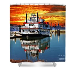 The End Of A Beautiful Day In The San Francisco Bay Shower Curtain by Jim Fitzpatrick