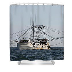 Shower Curtain featuring the photograph Troller To Port by John Telfer