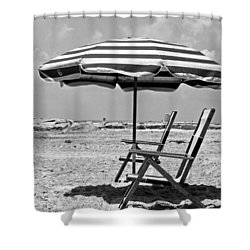 Umbrella Shade Shower Curtain